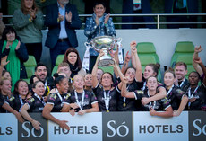 Kylie Murphy lifts the Só Hotels FAI Women's Cup 3/11/2019