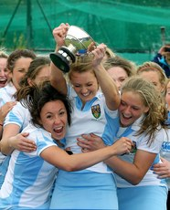 Laura Wilson lifts the cup 13/5/2012